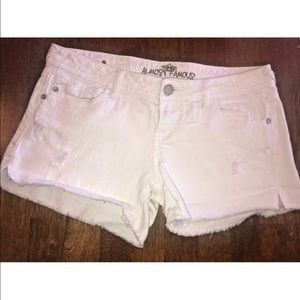 Almost Famous White Cut Off Shorts Sz 9 Distressed